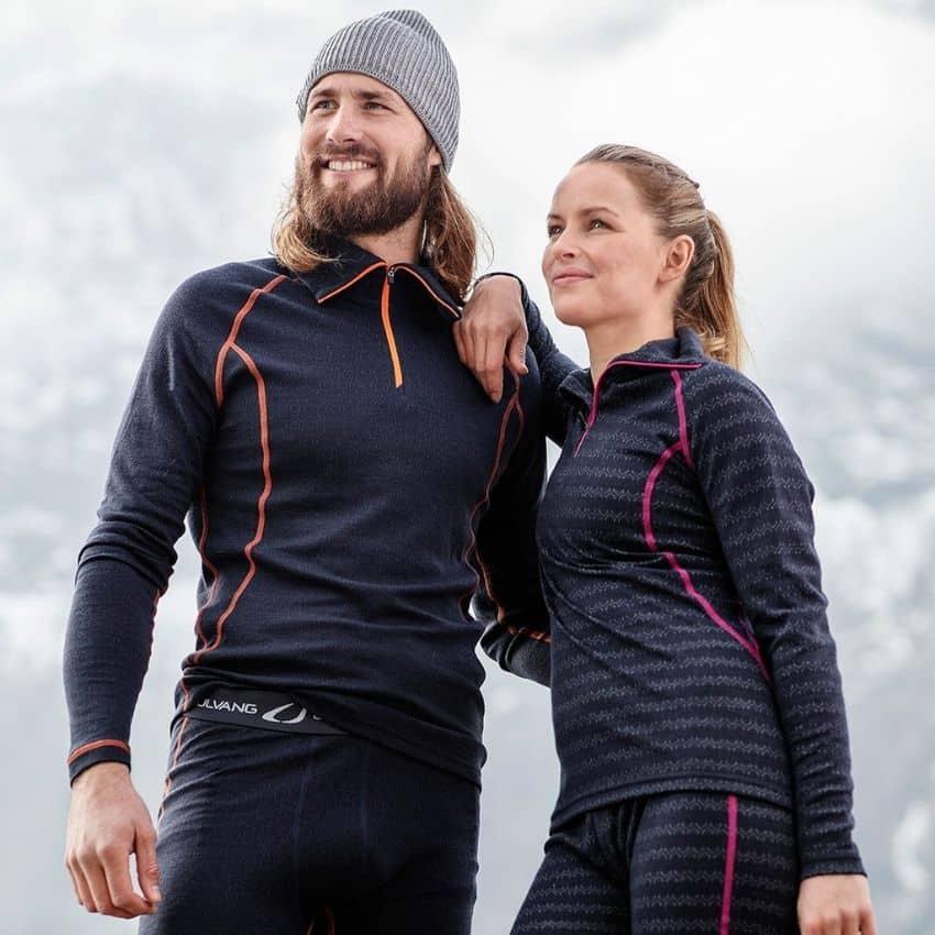 Mand og dame iklædt merinould skiundertøj