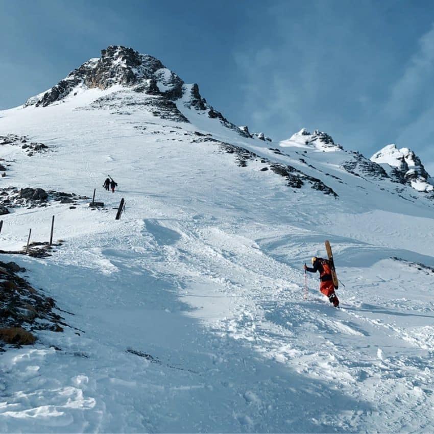 Opadgående mand skiferie Bad Gastein